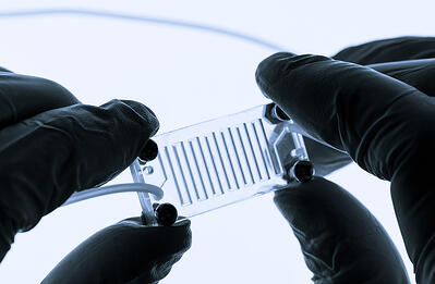 microfluidic-device-in-hands